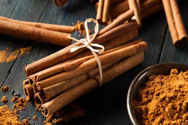 Cinnamon | healthy herbs for winters